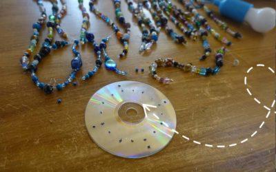 Lampada con CD e PERLINE Fai da te